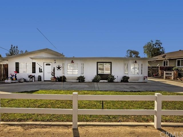1458 4th Street, Norco, CA 92860 (#IG17268342) :: Provident Real Estate
