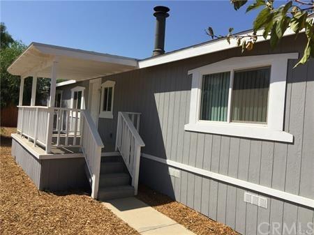 24921 Fir Street, Wildomar, CA 92584 (#SW17275147) :: Allison James Estates and Homes