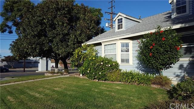 2956 Ladoga Avenue, Long Beach, CA 90815 (#IN17275456) :: Impact Real Estate