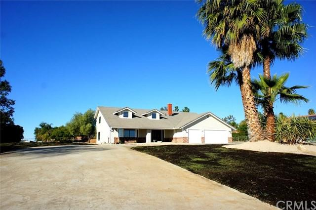 16605 Suttles Drive, Riverside, CA 92504 (#TR17275628) :: RE/MAX Estate Properties