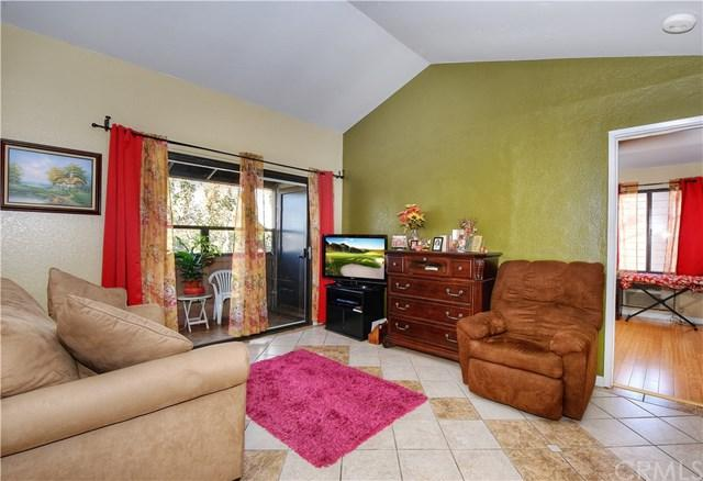 20702 El Toro Road #22, Lake Forest, CA 92630 (#OC17275708) :: DiGonzini Real Estate Group