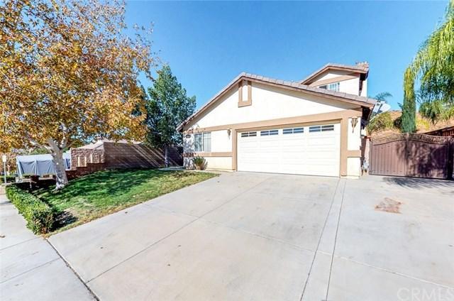 31760 Canyon Ridge Drive, Lake Elsinore, CA 92532 (#SW17275727) :: Dan Marconi's Real Estate Group