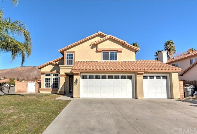 1063 Serena Drive, San Jacinto, CA 92583 (#CV17275392) :: RE/MAX Estate Properties