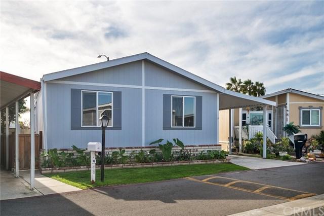 6301 Warner Avenue #48, Huntington Beach, CA 92647 (#OC17275206) :: DiGonzini Real Estate Group