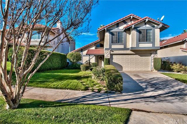 233 Westpark Lane, Redlands, CA 92374 (#EV17275593) :: RE/MAX Estate Properties