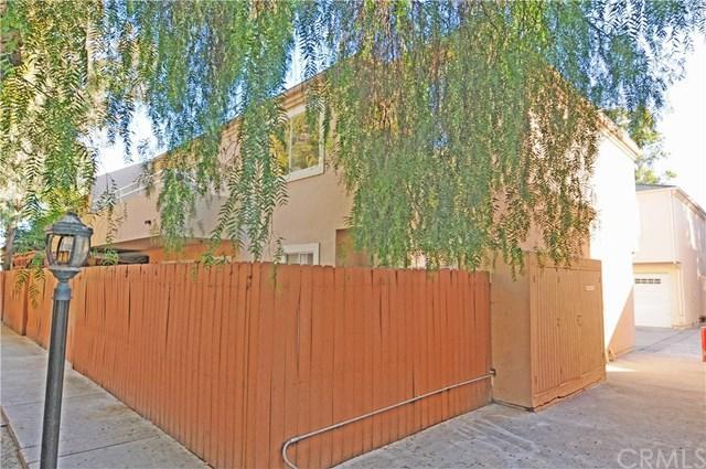 13940 Lemoli Avenue, Hawthorne, CA 90250 (#PW17275898) :: Erik Berry & Associates