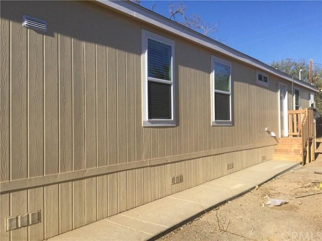 32490 Crescent Avenue, Lake Elsinore, CA 92530 (#SW17275998) :: Dan Marconi's Real Estate Group
