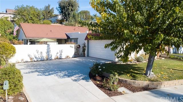 26325 Via Lara, Mission Viejo, CA 92691 (#OC17275620) :: DiGonzini Real Estate Group