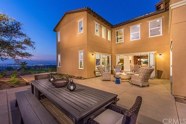 12504 Locke Circle, Riverside, CA 92503 (#IG17276072) :: Dan Marconi's Real Estate Group