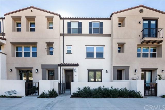 557 W Foothill Boulevard, Glendora, CA 91741 (#CV17274394) :: Dan Marconi's Real Estate Group