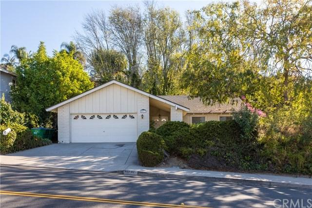 26772 Saddleback Drive, Mission Viejo, CA 92691 (#OC17275802) :: DiGonzini Real Estate Group