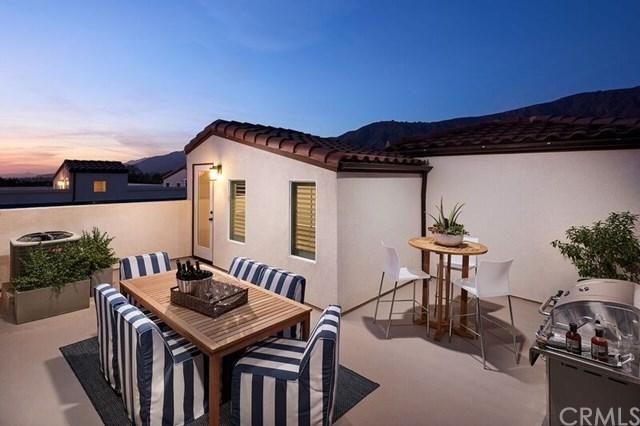 623 W Foothill Boulevard #42, Glendora, CA 91741 (#CV17276232) :: DiGonzini Real Estate Group