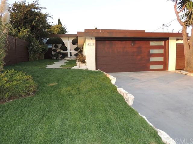 4519 W 131st Street, Hawthorne, CA 90250 (#PW17276278) :: Erik Berry & Associates