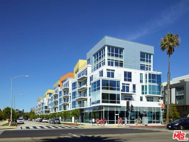 1705 Ocean #208, Santa Monica, CA 90401 (#17296932) :: Prime Partners Realty