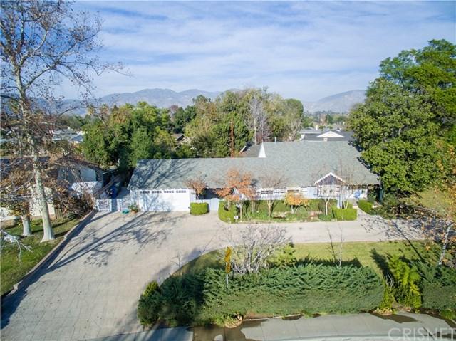 653 N Huntington Street, San Fernando, CA 91340 (#SR18000078) :: The Brad Korb Real Estate Group