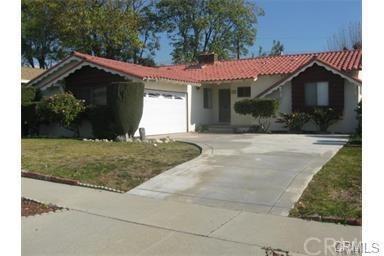 760 N Towne Avenue, Claremont, CA 91711 (#CV18002165) :: Mainstreet Realtors®