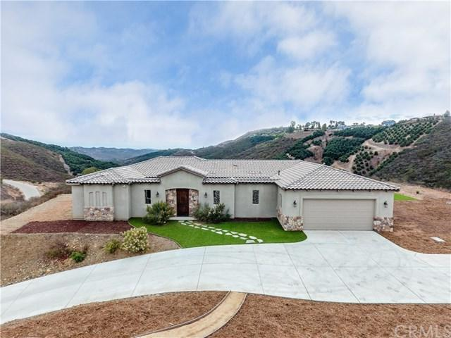 43725 Mountain Run Circle, Temecula, CA 92590 (#SW17279122) :: Lloyd Mize Realty Group