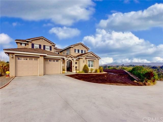 4477 Highland Oaks Street, Fallbrook, CA 92028 (#SW18004885) :: Kristi Roberts Group, Inc.