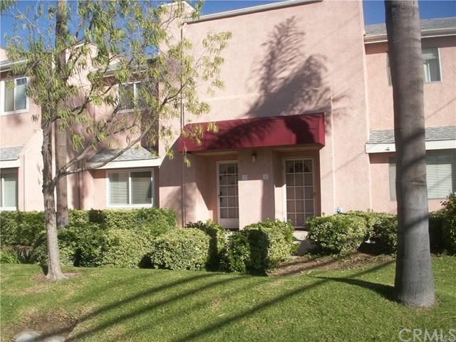 621 W Fletcher Avenue #2, Orange, CA 92865 (#OC18004055) :: Z Team OC Real Estate