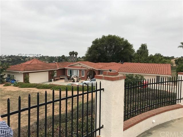 2501 Via Rancheros Way, Fallbrook, CA 92028 (#AR18006782) :: Kristi Roberts Group, Inc.