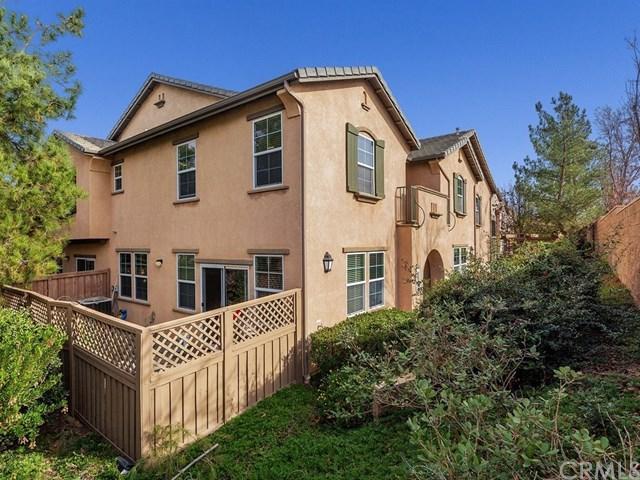 36373 Cinzia Lane, Winchester, CA 92596 (#SW18006930) :: Kristi Roberts Group, Inc.
