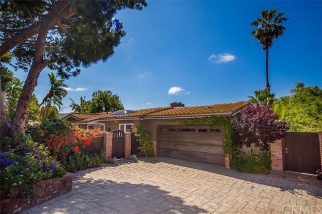 1737 Temple Hills Drive, Laguna Beach, CA 92651 (#LG18006913) :: Mainstreet Realtors®
