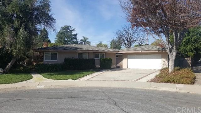 1573 Queens Court, Claremont, CA 91711 (#TR18001947) :: Cal American Realty
