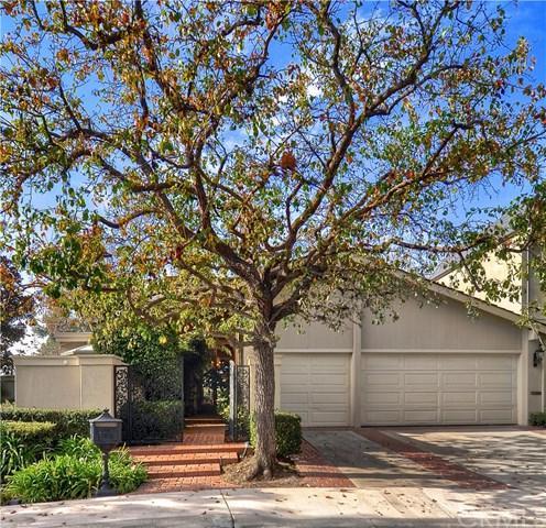 7 Rue Deauville, Newport Beach, CA 92660 (#NP18008220) :: Mainstreet Realtors®
