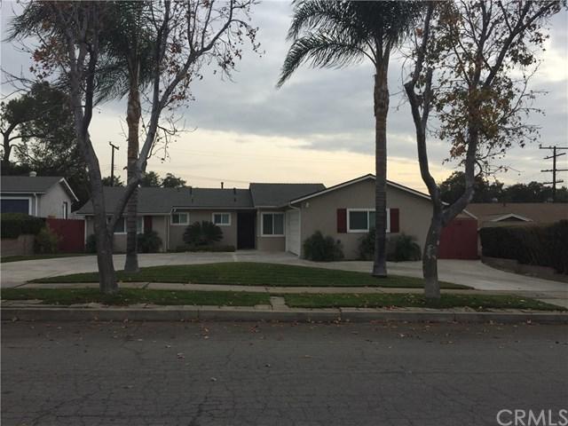 1436 E 13TH STREET, Upland, CA 91786 (#CV18009539) :: Mainstreet Realtors®