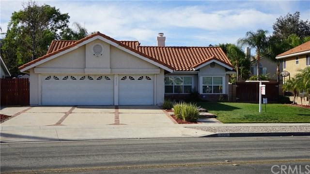 2212 Via Pacifica, Corona, CA 92882 (#PW18009914) :: Provident Real Estate