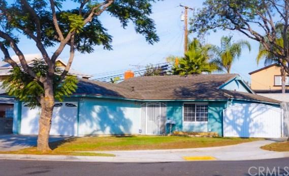 1889 E Abbottson Street, Carson, CA 90746 (#SB17276676) :: Kato Group