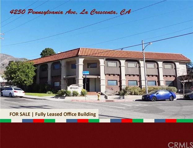 4250 Pennsylvania Avenue, La Crescenta, CA 91214 (#GD18010768) :: The Brad Korb Real Estate Group
