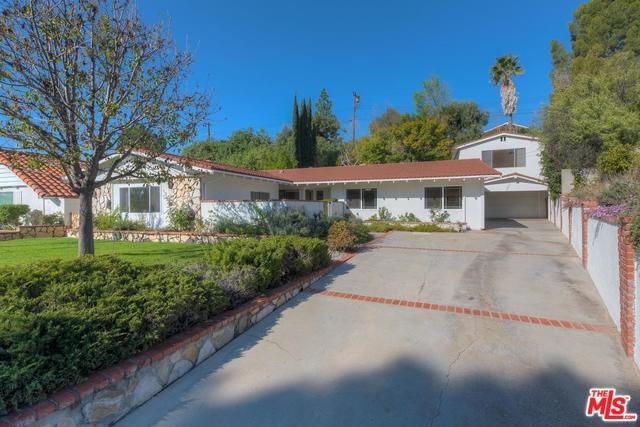 16423 Barneston Street, Granada Hills, CA 91344 (#18303380) :: The Brad Korb Real Estate Group