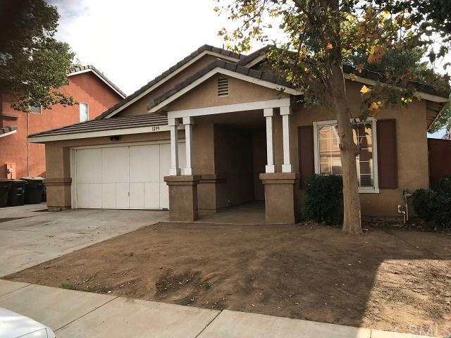 1299 Autumnwood Lane, Perris, CA 92571 (#EV18010842) :: Kristi Roberts Group, Inc.