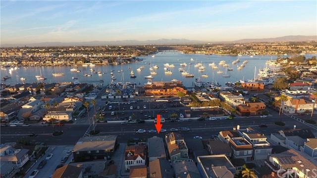 719 W Balboa Boulevard, Newport Beach, CA 92661 (#OC18009932) :: Mainstreet Realtors®