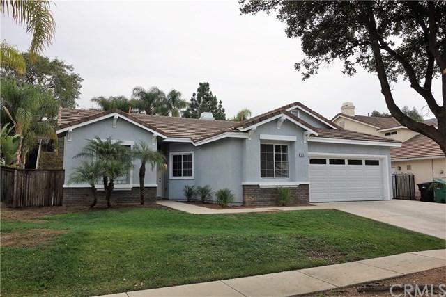 526 Donatello Drive, Corona, CA 92882 (#OC18011068) :: Provident Real Estate
