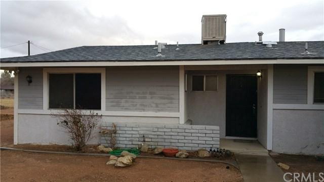 15755 Wyandot Road, Apple Valley, CA 92307 (#EV18011157) :: Mainstreet Realtors®