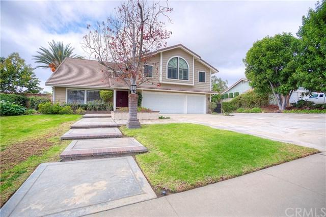 2321 N Campus Avenue, Upland, CA 91784 (#CV17278614) :: Mainstreet Realtors®