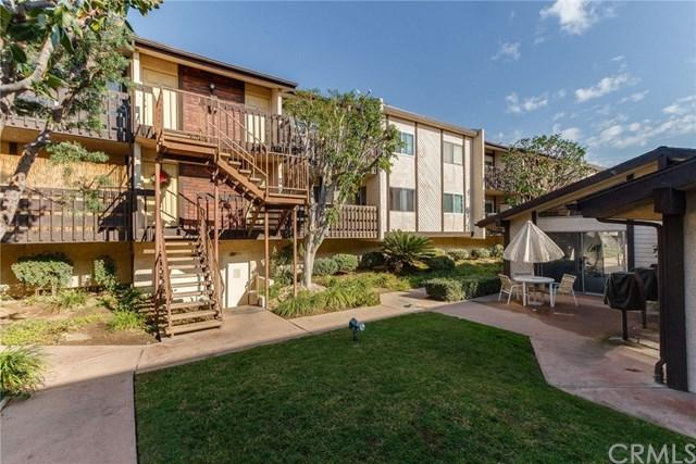 15116 S Raymond Avenue #106, Gardena, CA 90247 (#SB18011700) :: Bauhaus Realty