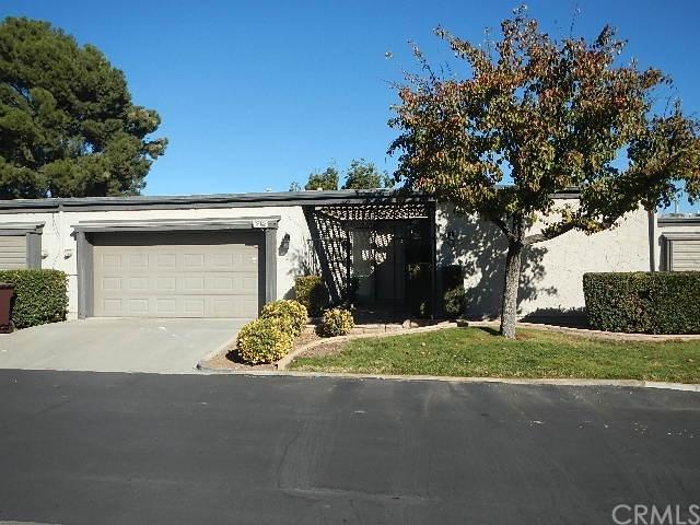 26168 Birkdale Road, Menifee, CA 92586 (#IV18011806) :: Kristi Roberts Group, Inc.