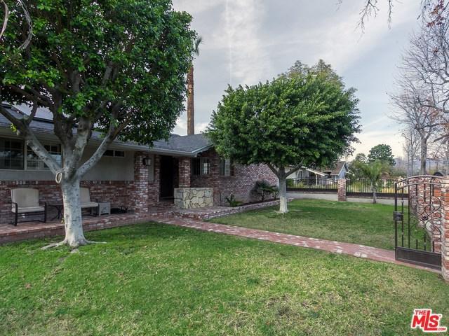 10815 Haskell Avenue, Granada Hills, CA 91344 (#18304466) :: The Brad Korb Real Estate Group