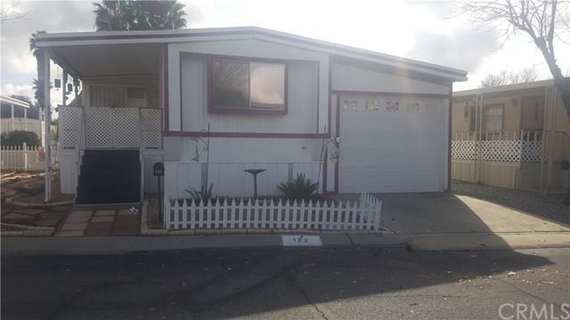 27601 Sun City, Menifee, CA 92586 (#SW18014240) :: Lloyd Mize Realty Group