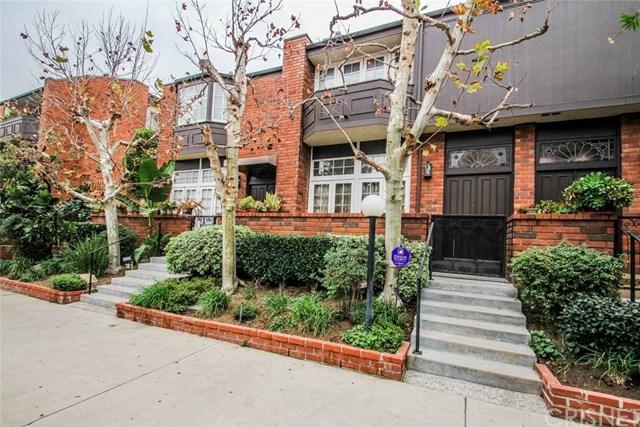 5420 Lindley Avenue #2, Encino, CA 91316 (#SR18014637) :: Allison James Estates and Homes