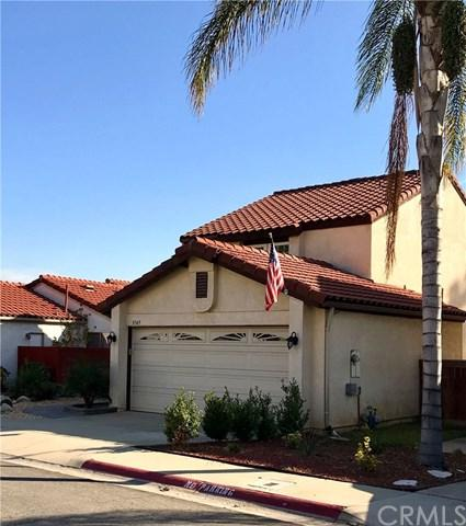 9749 Woodleaf Drive, Rancho Cucamonga, CA 91701 (#CV18014749) :: Angelique Koster
