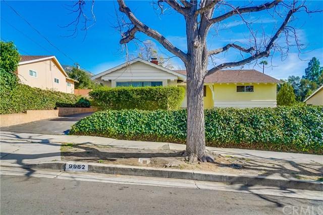 9962 Marnice Avenue, Tujunga, CA 91042 (#OC18015254) :: The Brad Korb Real Estate Group
