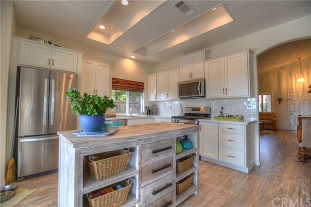 25727 Barclay Drive, Murrieta, CA 92563 (#SW17267549) :: The Laffins Real Estate Team