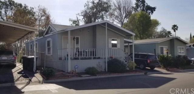 2851 S La Cadena Drive #139, Colton, CA 92324 (#PW18015068) :: The Laffins Real Estate Team