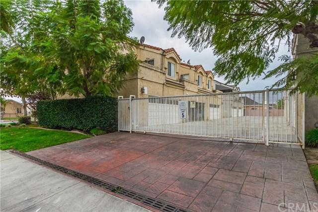 22027 Hawaiian Avenue B, Hawaiian Gardens, CA 90716 (#PW18015423) :: RE/MAX Estate Properties