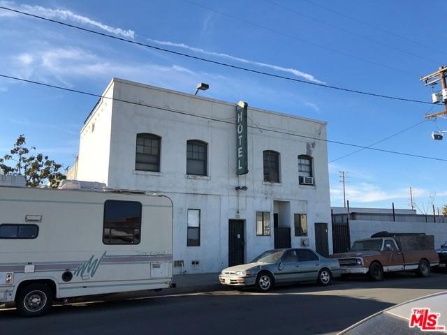 821 Flint Avenue, Wilmington, CA 90744 (#18299188) :: Impact Real Estate
