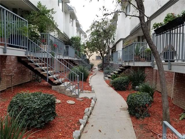 14262 Tyler Street #11, Sylmar, CA 91342 (#SR18015975) :: The Brad Korb Real Estate Group